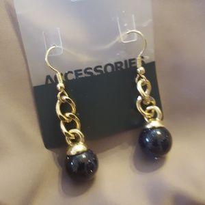 Jewelry - Gold Link Earrings